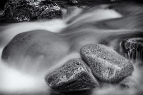 Felsen im Wasser - Neuseeland